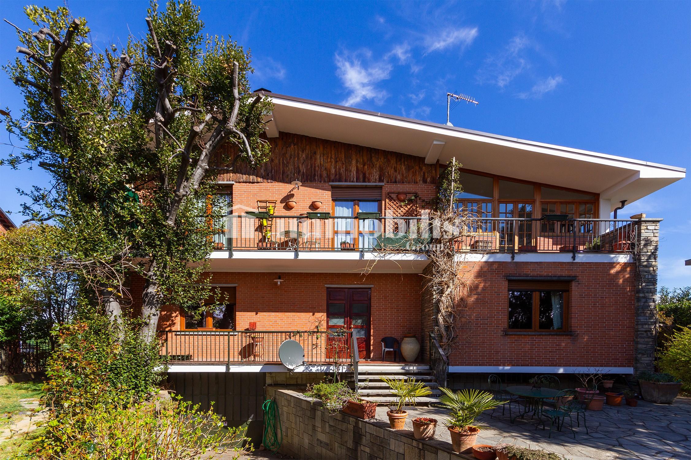 Villa indipendente Via Genola 9