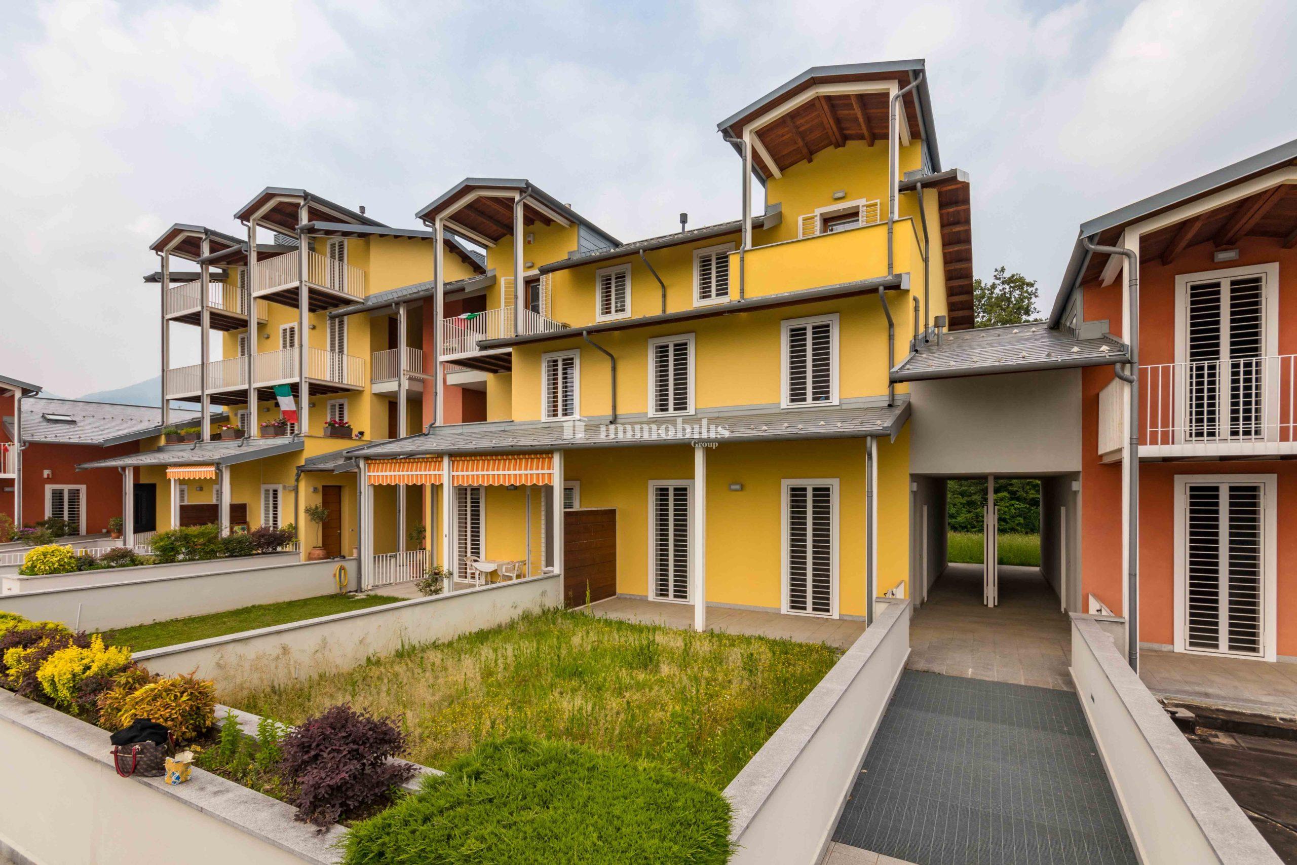 Appartamento con quattro terrazzi in Giaveno