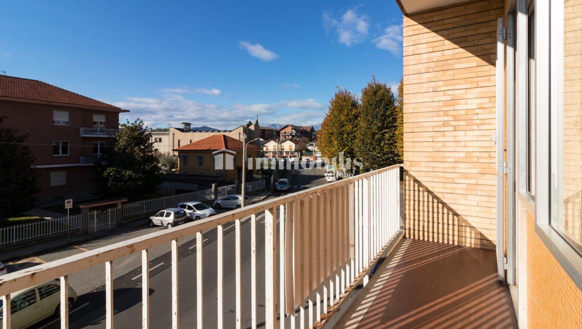 Balcone lato Strada Borgeisa